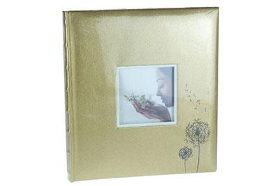 14. Nagyméretű, arany színű, pitypangos, ablakos, 32x29cm, 30 lap