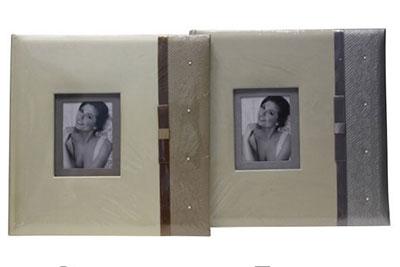 17. Nagyméretű, műbőr, strasszos, ablakos, 30x29cm, 30 lap / 60 oldal
