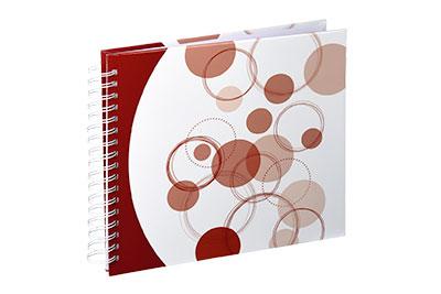 33. Közepes méretű, spirálos, fehér alapon rozsdabarna körös, 28x24cm, 25 fehér lap / 50 fehér oldal