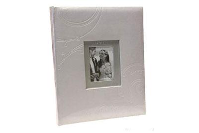 5. Közepes méretű, fehér színű, ablakos, 29x24cm, 30 lap / 60 oldal